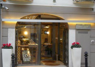 L'ingresso dello Showroom Sbalzer di Brescia