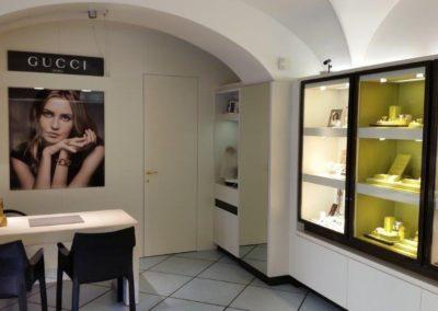 L'interno dello Showroom Sbalzer di Iseo